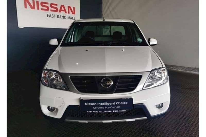 2020 Nissan NP200