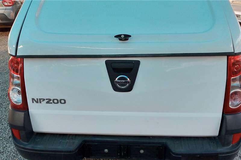 2017 Nissan NP200
