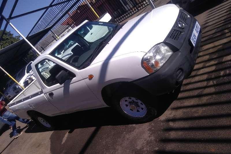 Used 2002 Nissan NP300 Hardbody 2.0