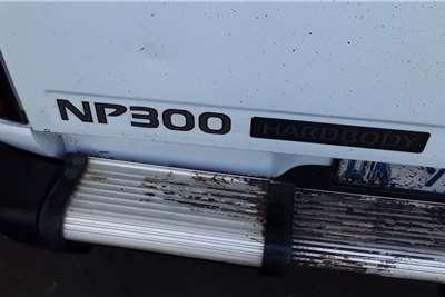 2013 Nissan NP300 Hardbody NP300 Hardbody 2.0