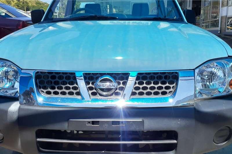 Nissan NP300 Hardbody 2.0 2015