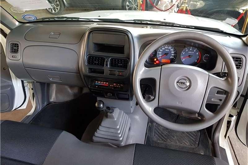 Nissan NP300 Hardbody 2.0 SE 2014