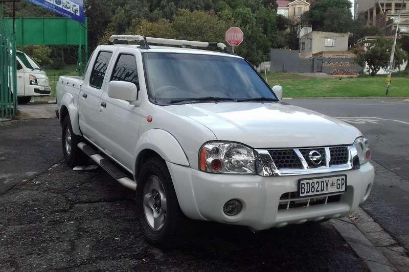 Nissan NP300 Hardbody 2.4 4x4 2002