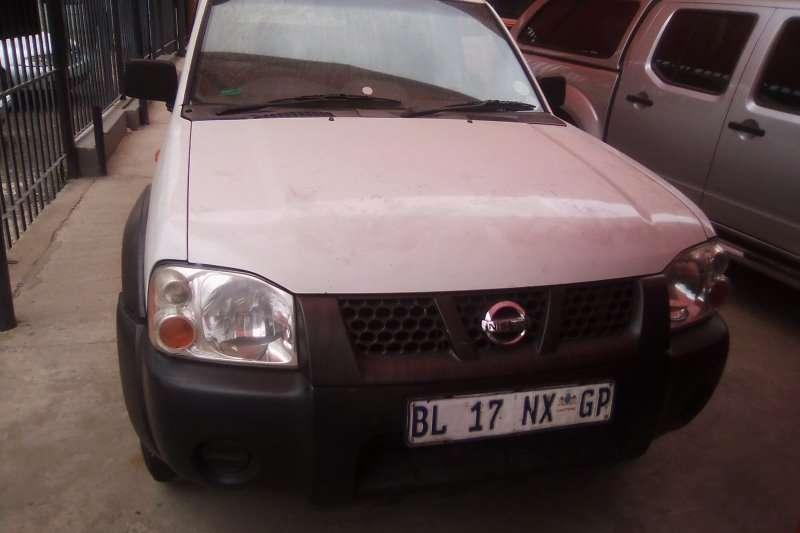 Nissan NP300 Hardbody 2.4 4x4 2011