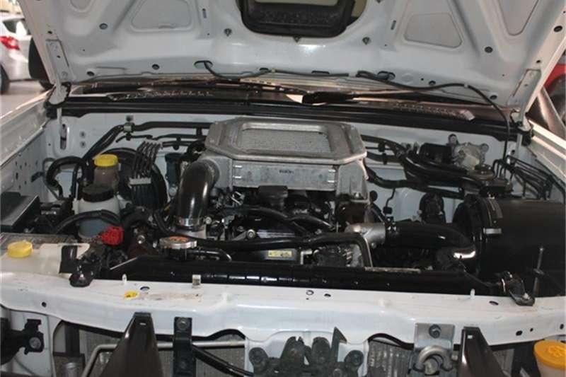 Nissan NP300 Hardbody 2.4 4x4 mid 2015