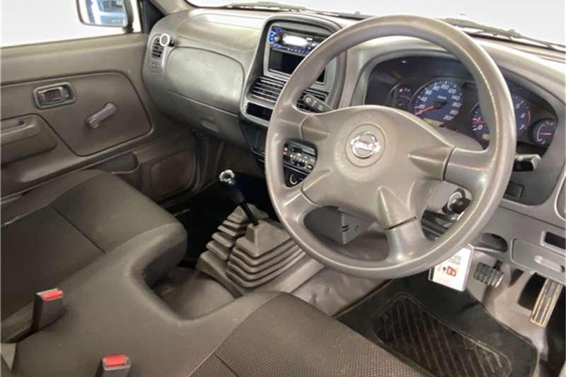 2016 Nissan NP300 Hardbody NP300 Hardbody 2.4 4x4 mid