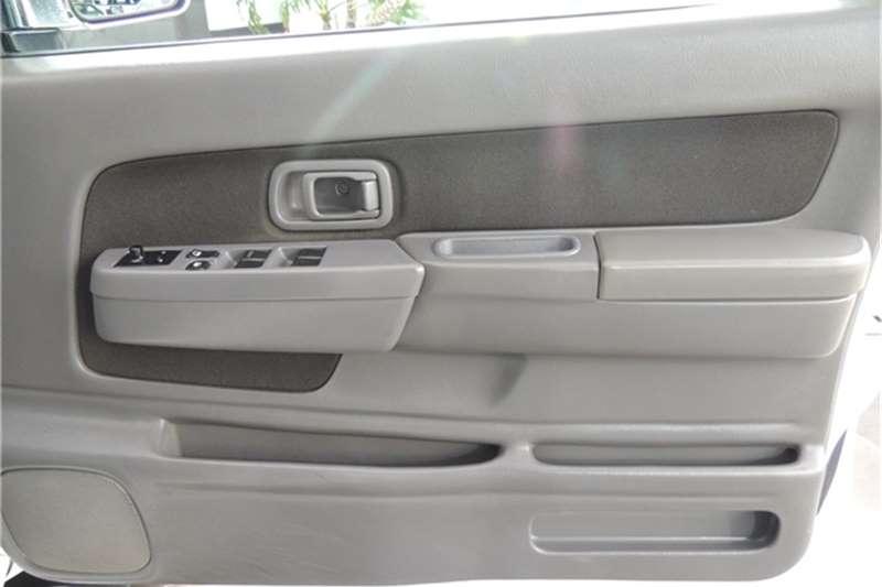 2010 Nissan NP300 Hardbody NP300 Hardbody 2.4 double cab 4x4