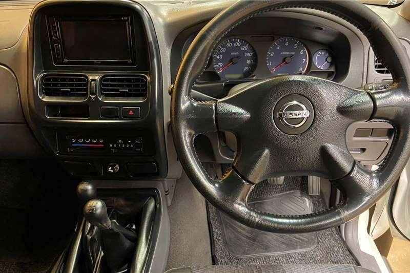 Used 2013 Nissan NP300 Hardbody 2.4 double cab 4x4