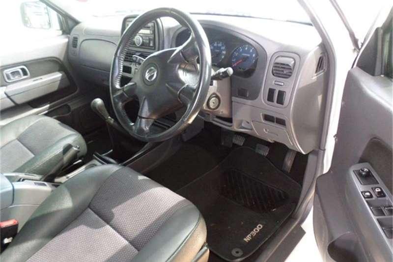 2016 Nissan NP300 Hardbody NP300 Hardbody 2.4 double cab Hi-rider