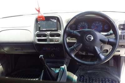 Nissan NP300 Hardbody 2.4 double cab Hi rider 2017