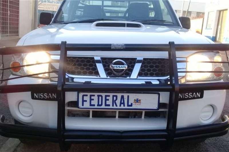 Nissan NP300 Hardbody 2.5 tdi high rider single cab 2015
