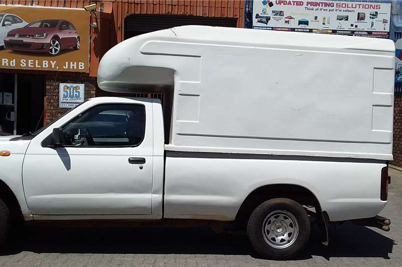Nissan NP300 Hardbody 2.5TDi 2012