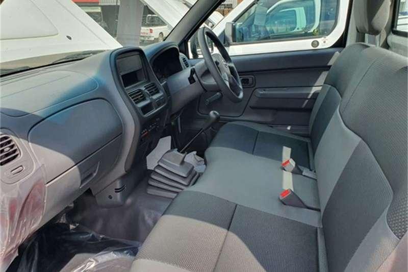 Nissan NP300 Hardbody 2.5TDi 2019