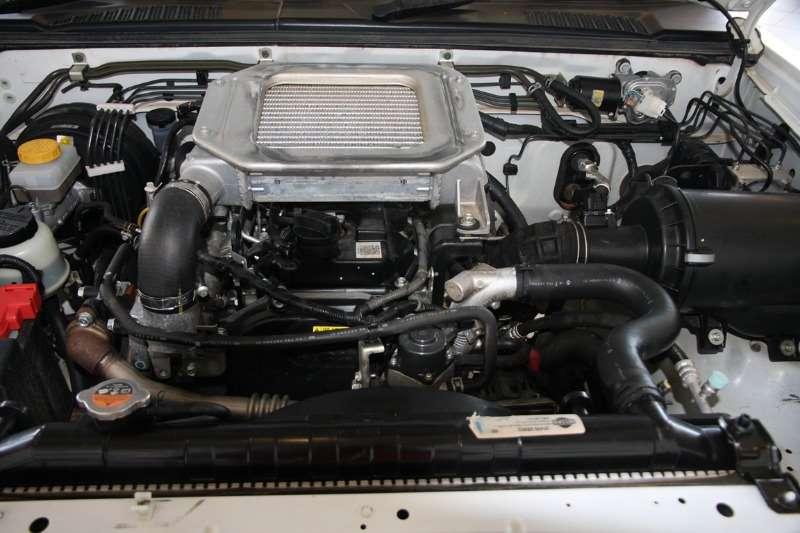 Nissan NP300 Hardbody 2.5TDi (aircon) 2016