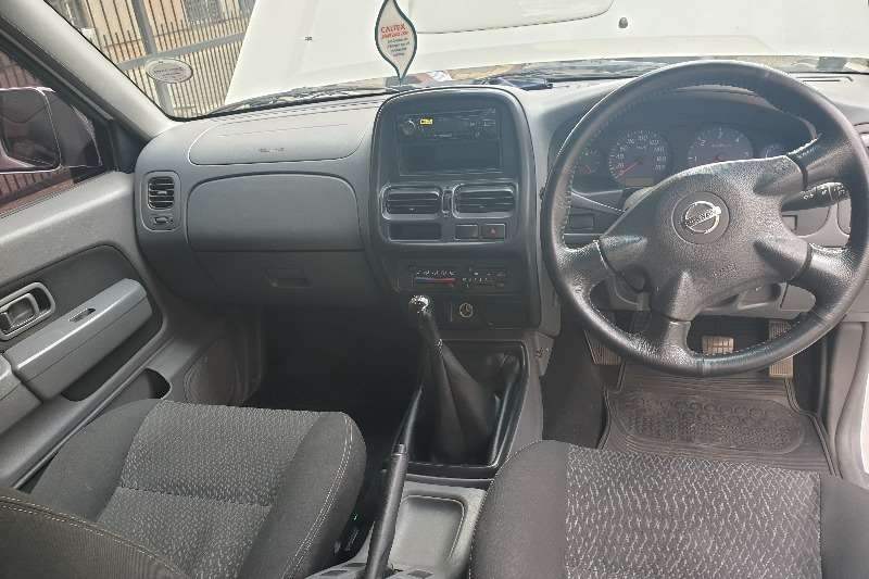 Nissan NP300 Hardbody 2.5TDi double cab 2017