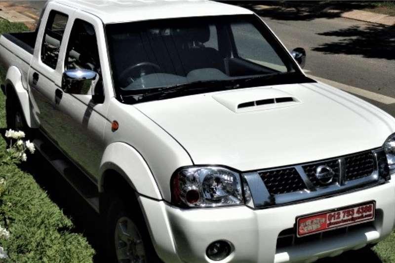 Nissan NP300 Hardbody 2.5TDi double cab Hi rider 2012