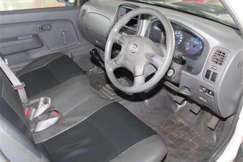 Nissan NP300 Hardbody 2.5TDi SE 2013