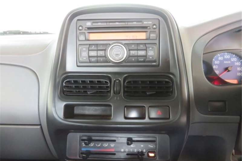 Nissan NP300 Hardbody Double Cab HARDBODY NP300 2.5 TDi 4x4 P/U D/C 2018