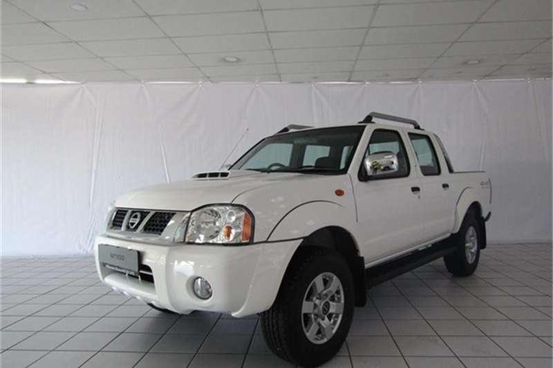 Nissan NP300 Hardbody Double Cab HARDBODY NP300 2.5 TDi 4x4 P/U D/C 2020