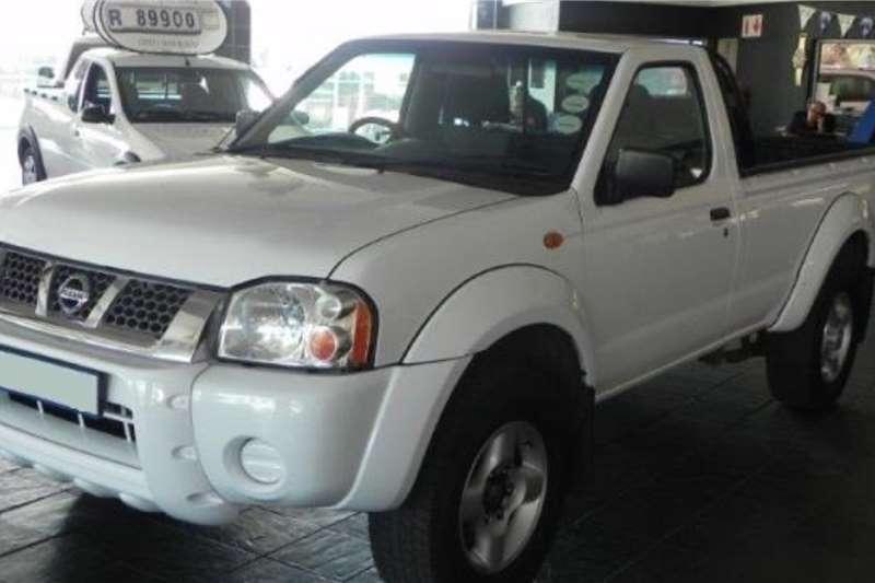 2020 Nissan NP300 Hardbody 2.5TDi 4x4 mid