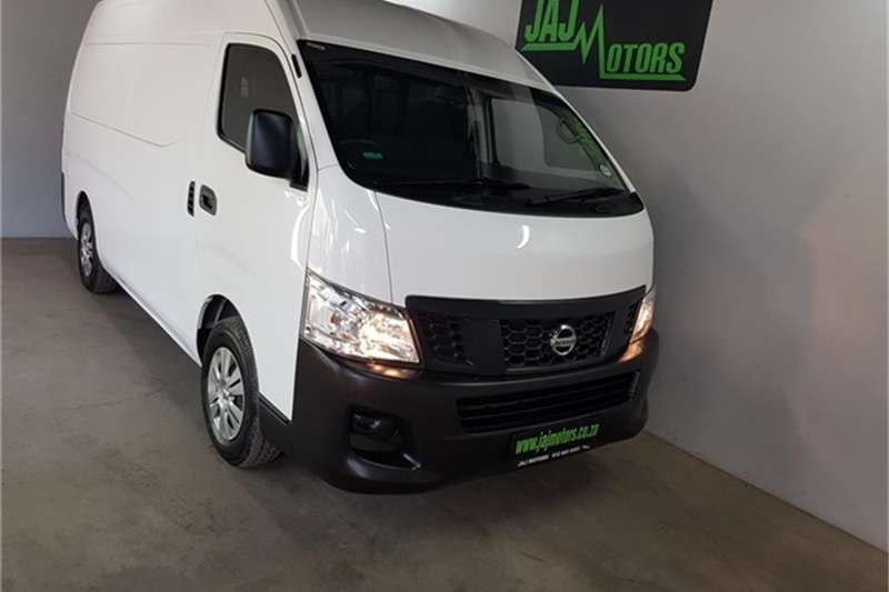 Nissan NV350 panel van wide-body 2.5i 2016