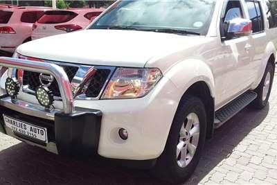 Nissan Pathfinder 2.5dCi LE 2013