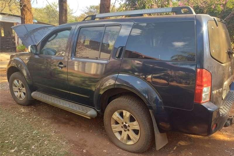 Nissan Pathfinder 2.5dCi LE automatic 2006