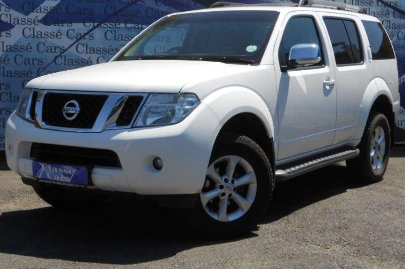 Nissan Pathfinder 2.5dCi LE automatic 2014