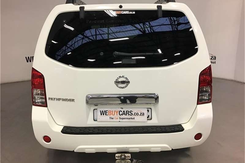 Nissan Pathfinder 4.0 V6 LE 2012
