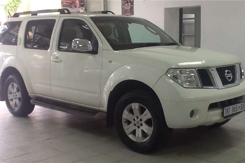 Nissan Pathfinder 4.0 V6 LE automatic 2007