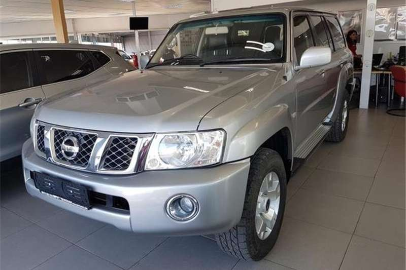 Nissan Patrol 4.8 GRX 2012