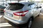 Nissan Qashqai 1.2T Acenta + Design 2015