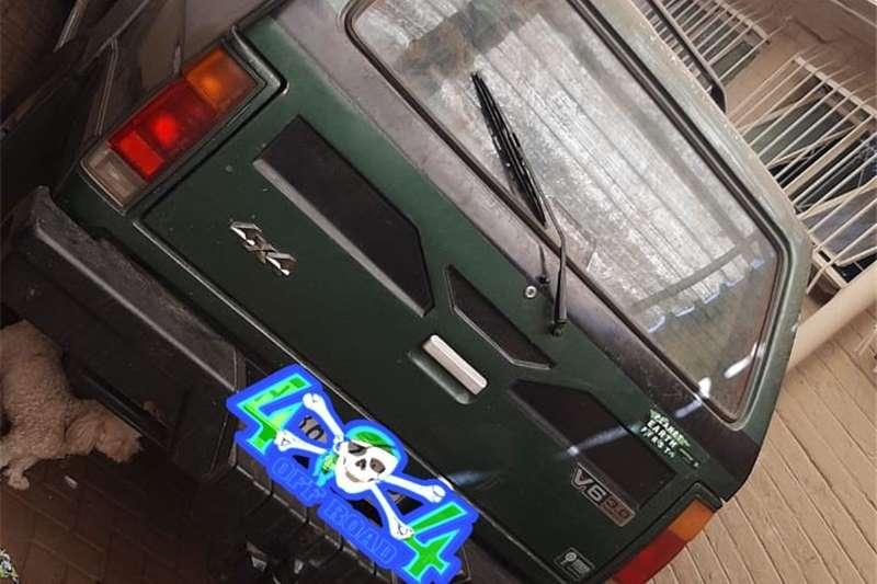 Nissan Sani 1993