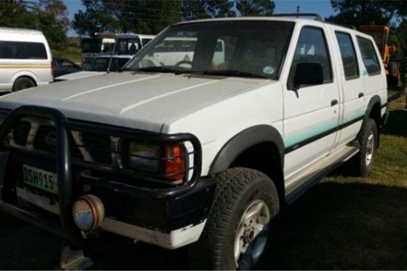 Nissan Sani (4x4) Bakkie   R30 000 Excl 1996