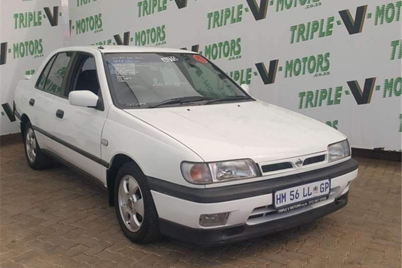 Nissan Sentra 160 GSi A/T A/C 1998