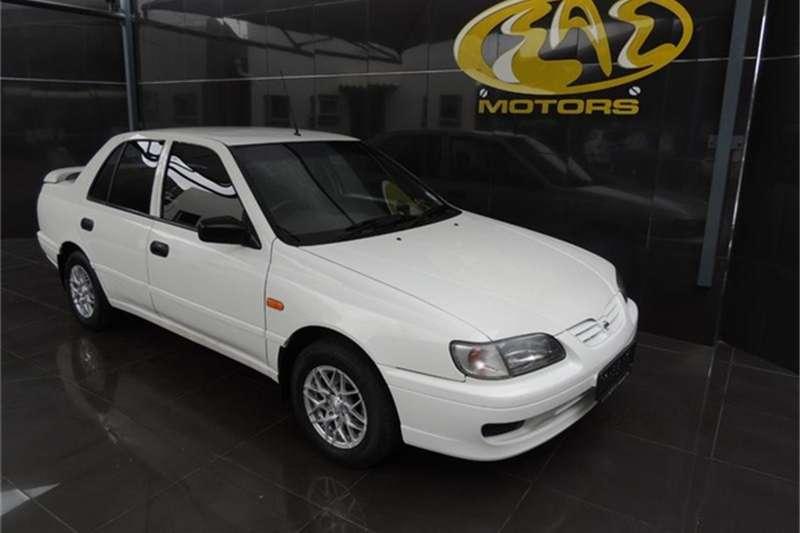 Nissan Sentra 160 Si 2001