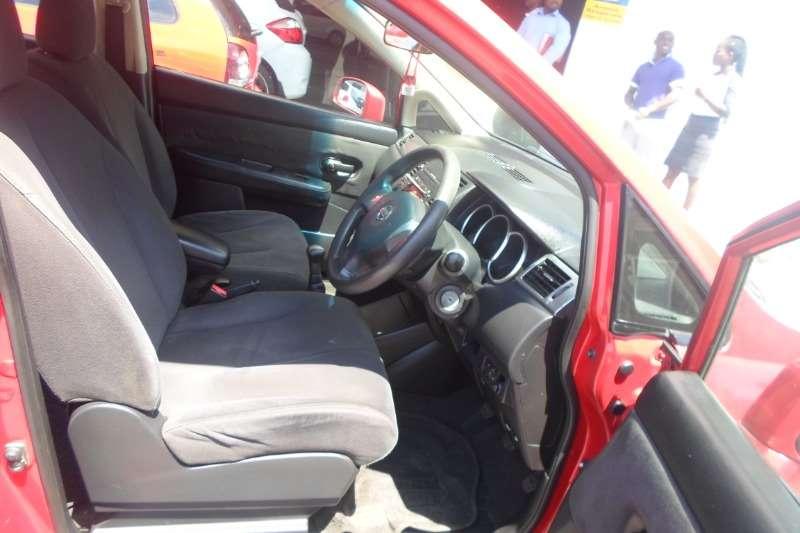 Nissan Tiida hatch 1.6 Acenta 2006