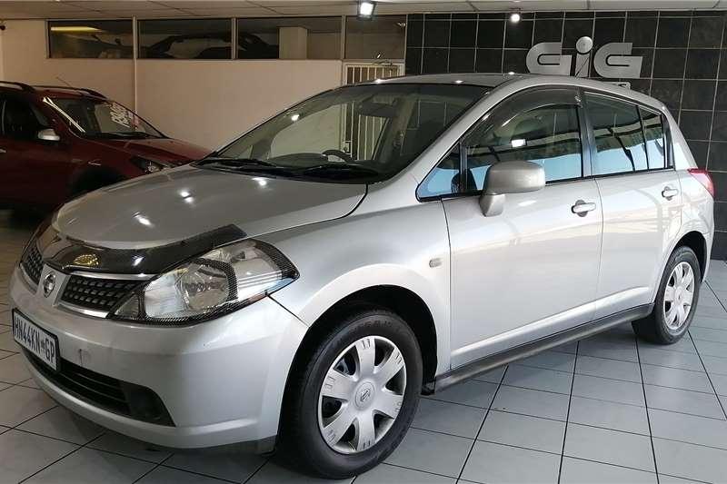 Nissan Tiida hatch 1.6 Visia+ 2007
