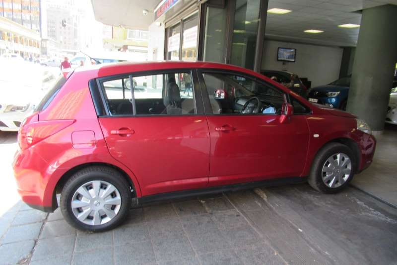 2008 Nissan Tiida sedan 1.6 Acenta