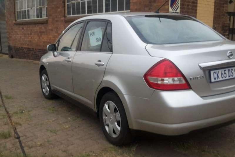 2010 Nissan Tiida sedan 1.6 Acenta