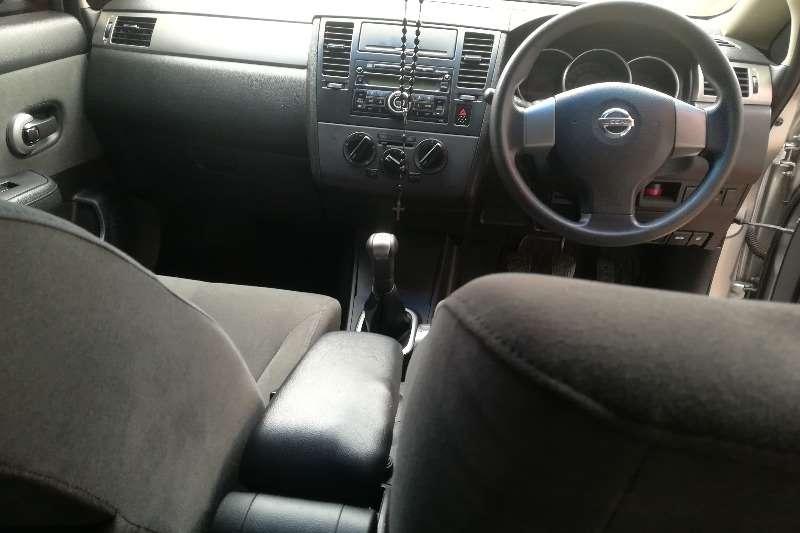 Nissan Tiida sedan 1.6 Visia 2007