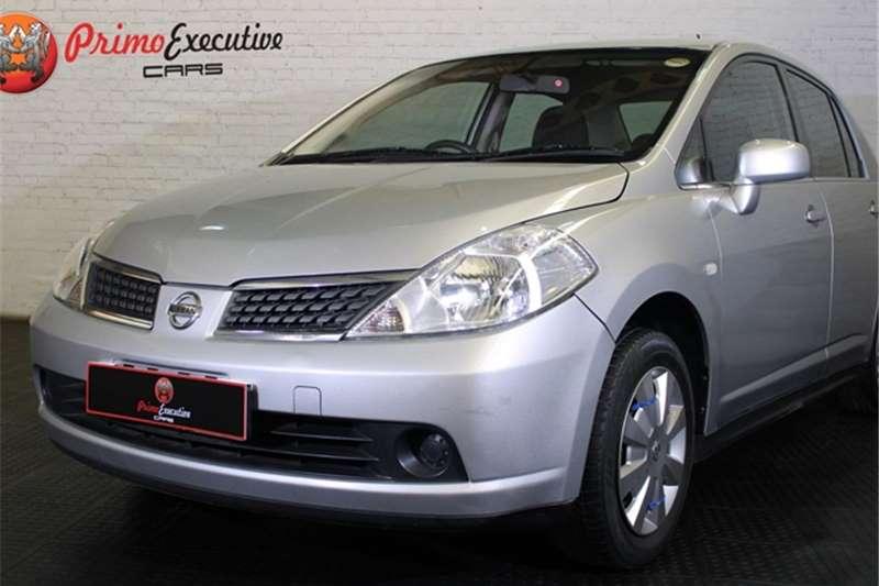 Nissan Tiida sedan 1.6 Visia+ 2012