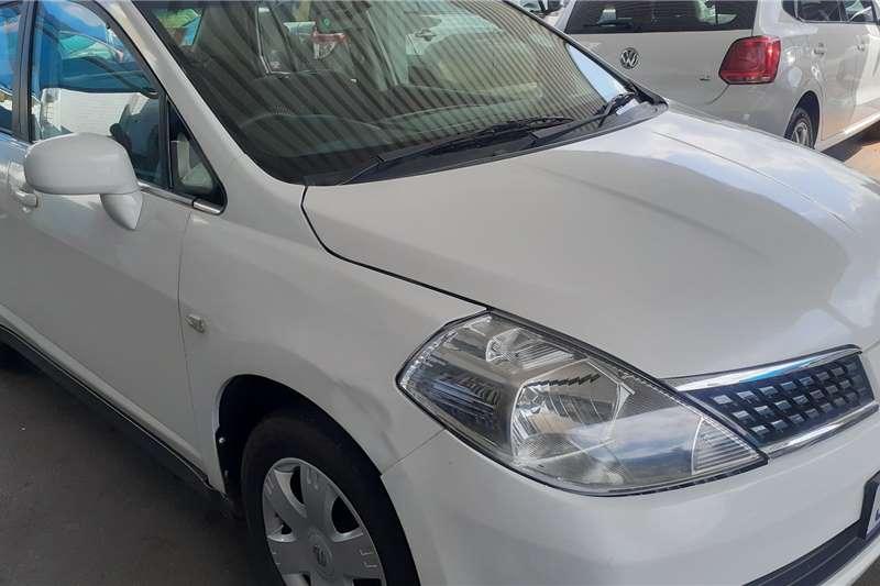 Nissan Tiida sedan 1.6 Visia+ auto 2007