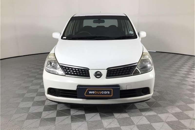 Nissan Tiida sedan 1.6 Visia+ auto 2009