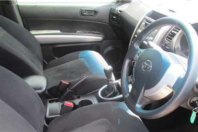 Nissan X-Trail 2.0 XE 2012
