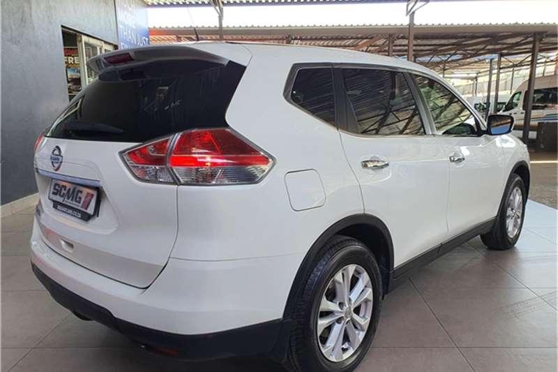 Nissan X-Trail 2.0 XE 2015