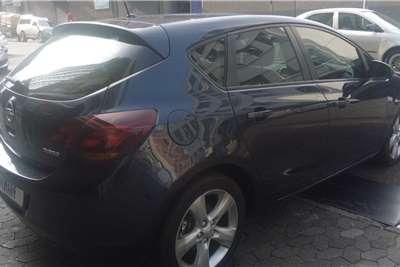 Opel Astra 1.4 2011