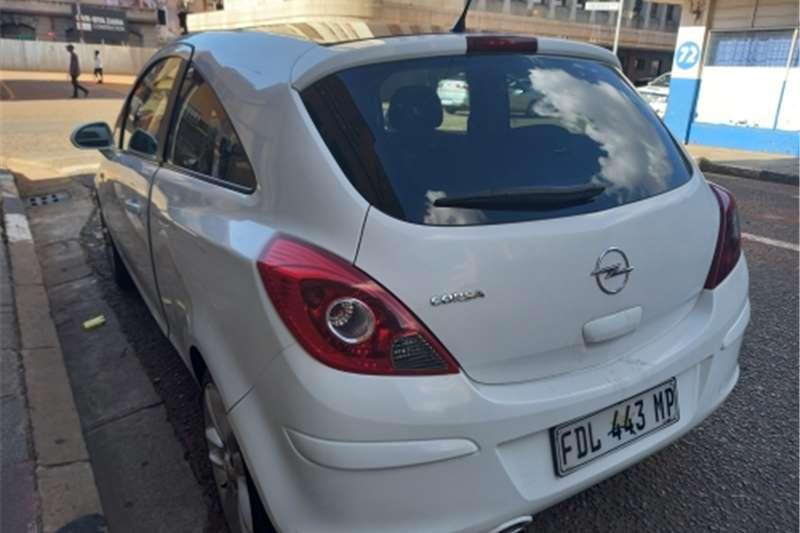 Opel Astra 1.4 Essentia 2010