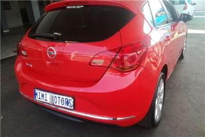 Opel Astra 1.6 2013
