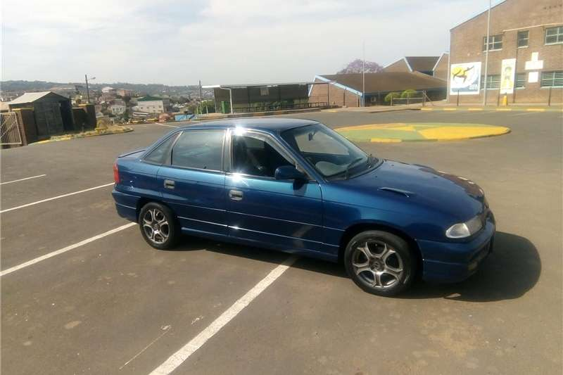 Opel Astra 1.6 Sport 1997